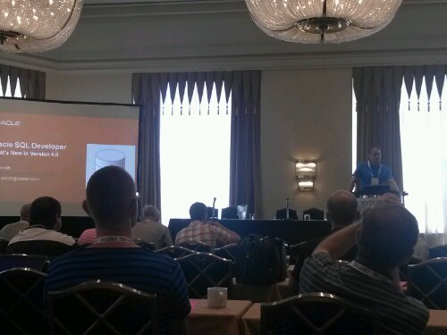 SQL Developer Product Manager, Jeff Smith of Oracle, introduces new features in the upcoming 4.0 release